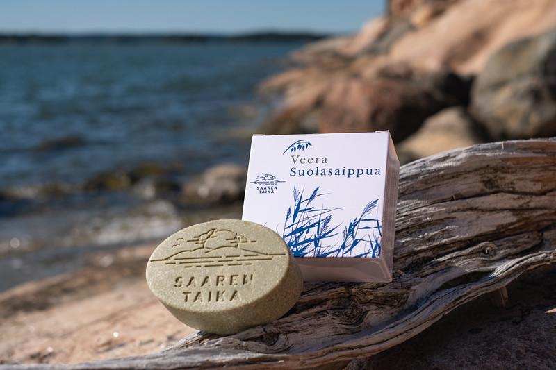 Saaren Taika veera suolasaippua teepuusaippua kamomilla shea pyykkietikka-3677.jpg