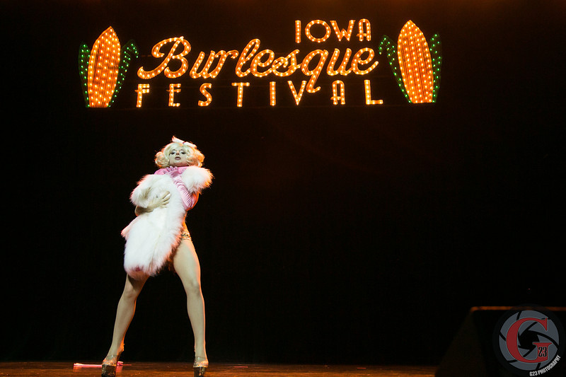 burlesque day2 edits (231 of 123).jpg
