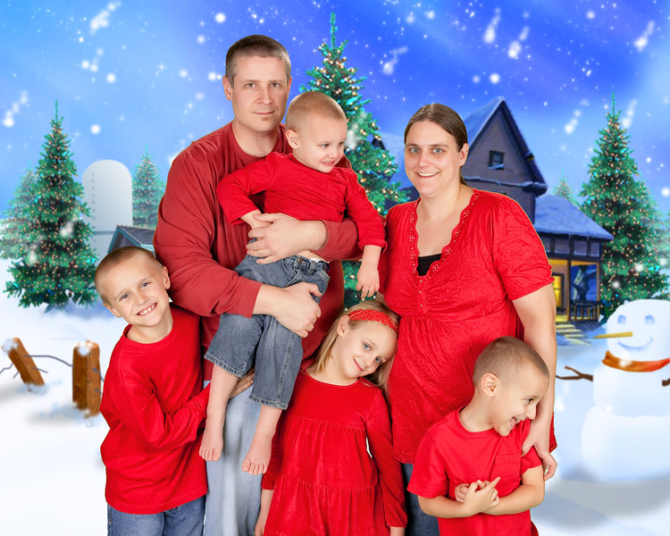 34 Wiley Family Dec 2012 (10x8)(with background) 1.jpg
