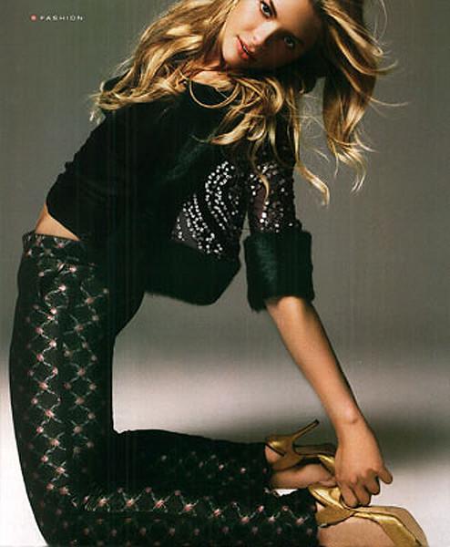 stylist-jennifer-hitzges-magazine-fashion-editorial-creative-space-artists-management-17-king-j-instyle-1205-02.jpg