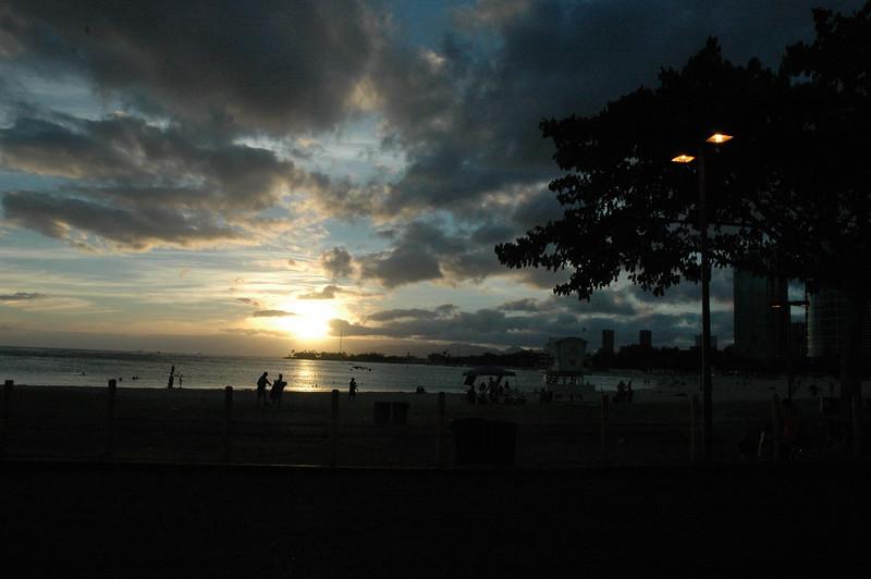 Hawaii - Ala Moana Beach Sunset-7.JPG