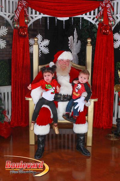 Santa 12-10-16-105.jpg