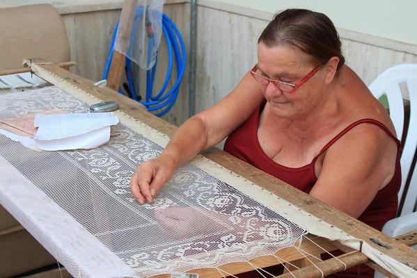 Savellitri_Belgium Lace Making.JPG