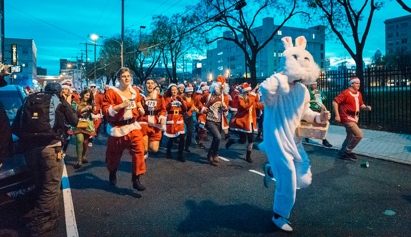 Running with Santa Philadelphia 12-12-2015-3356.jpg