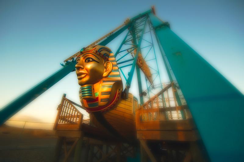 Keansburg Amusements -   Pharoah's Fury at Dusk