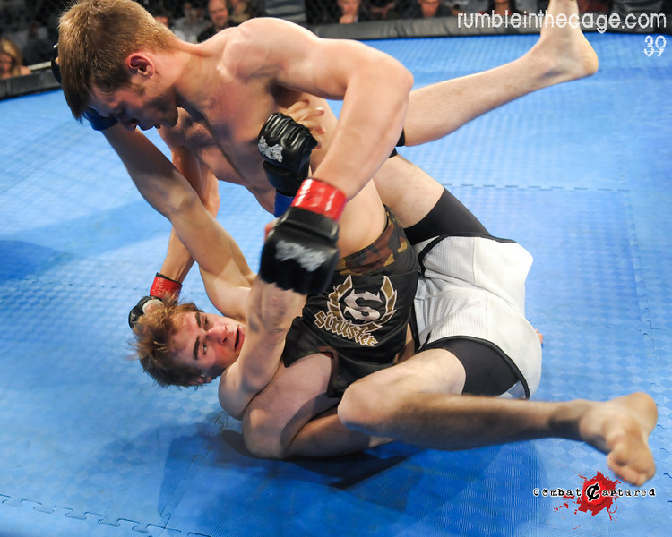 RITC 39 - B10 - Matt Thornburn def. Derek Gatz - TKO Strikes (9 of 19).jpg