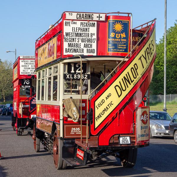 XL8962 London General S454