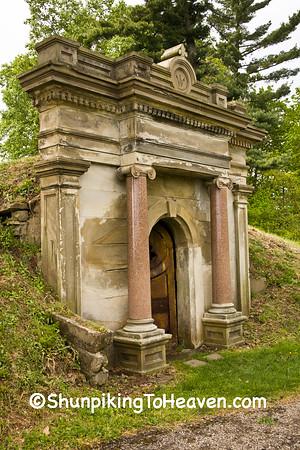 Mausoleums & Vaults