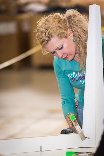 Thirty-One_Gives-Furniture_Build-0319.jpg