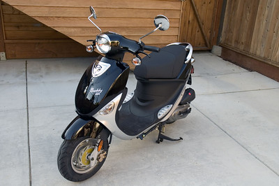 "2006 Genuine Scooters ""Buddy 125"""
