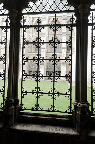 London-WestminsterScreen.jpg