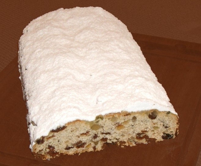 traditional german food - stollen - what to eat in germany
