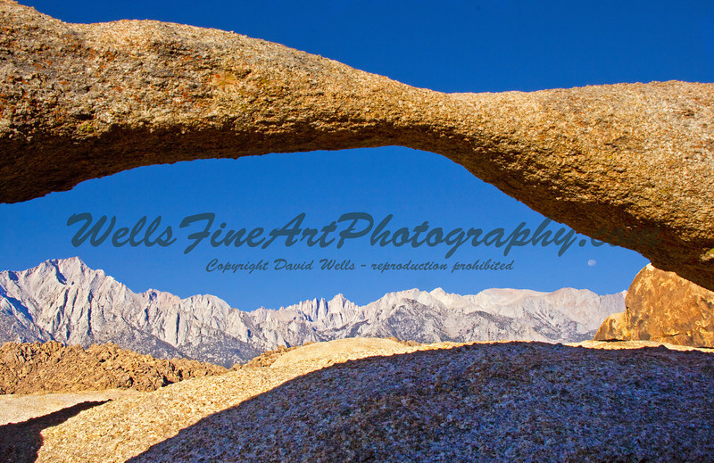 Full moon and Sierras through Lathe Arch