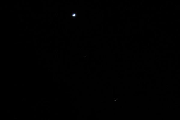 Moon, Venus & Jupiter Align - February 27th 2012