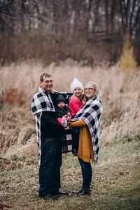 Stocker Family | West Bend Winter Family Session | Regner Park