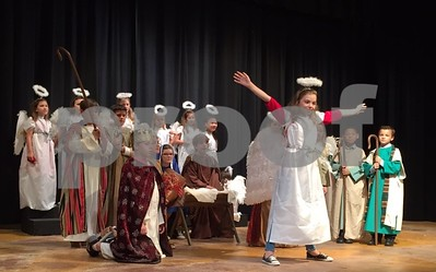 delinquent-children-make-the-best-christmas-pageant-ever