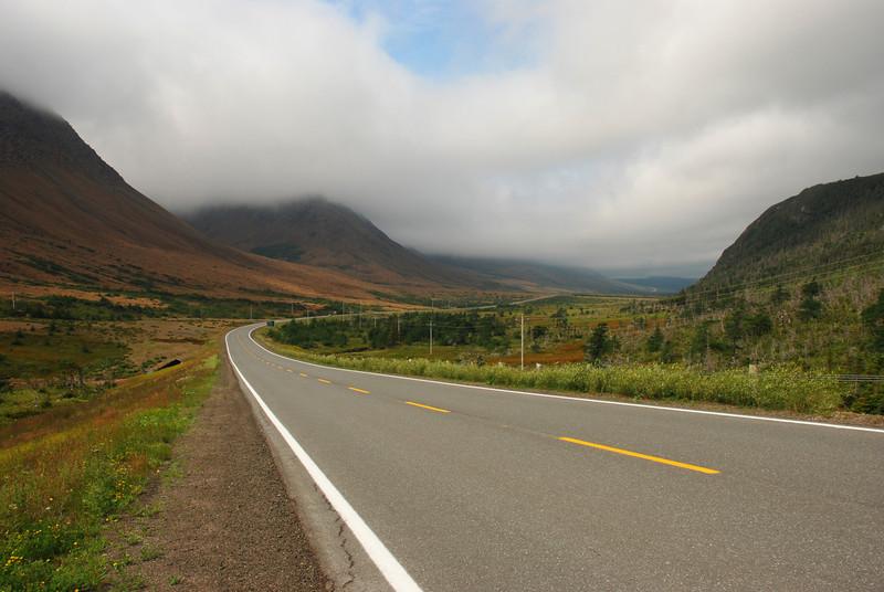 Route 431 à travers les Tablelands - Parc national de Gros Morne, Terre-Neuve
