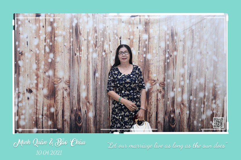 QC-wedding-instant-print-photobooth-Chup-hinh-lay-lien-in-anh-lay-ngay-Tiec-cuoi-WefieBox-Photobooth-Vietnam-cho-thue-photo-booth-120.jpg