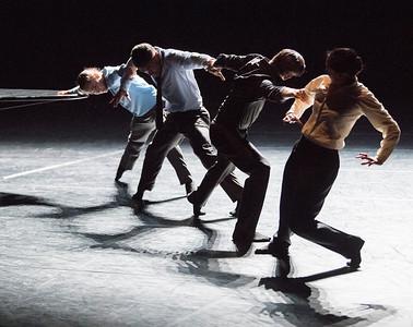 Nederlands Dans Theater/18