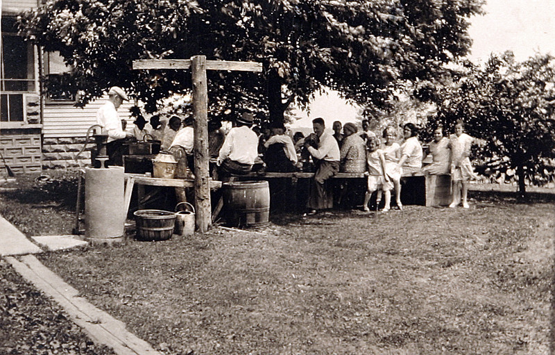 Party in the Back Yard a.JPG