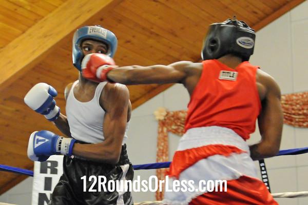 Bout 13 Jeremy Abrams, Cleveland -vs- Glen Mitchell, Joe Bord Boxing 135 lbs