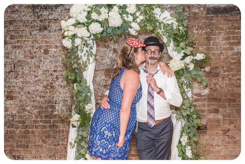 Laren&Bob-Wedding-Photobooth-232.jpg
