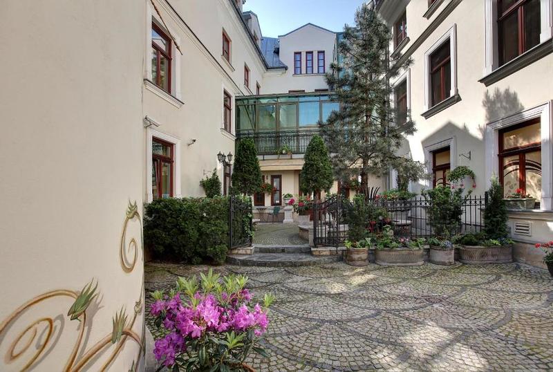 krakow-boutique-hotel-wawel.jpeg