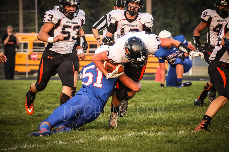 GC Football vs Elk Mound-0300.JPG