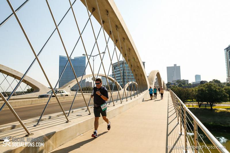 Fort Worth-Social Running_917-0632.jpg
