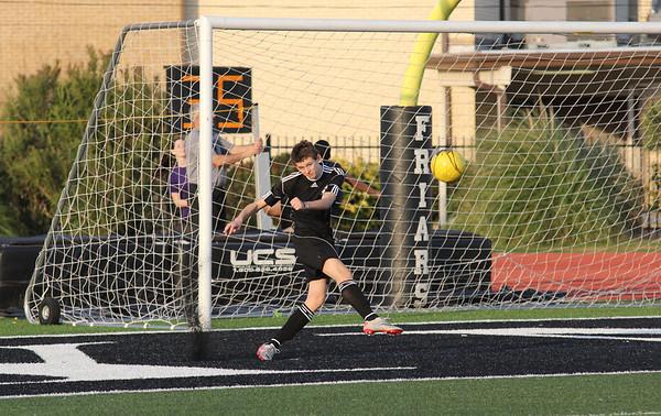 Friars Soccer Black - White Game