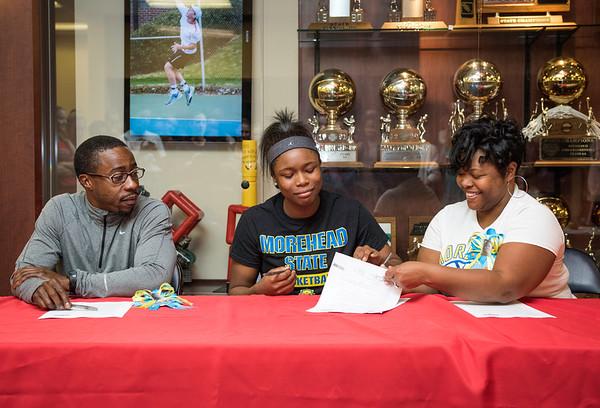 Bre Jackson Signing 11--11-15