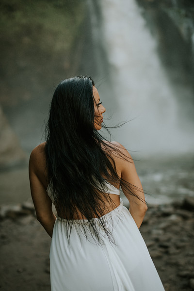 VTV_family_photoshoot_with_waterfall_Bali (76).jpg