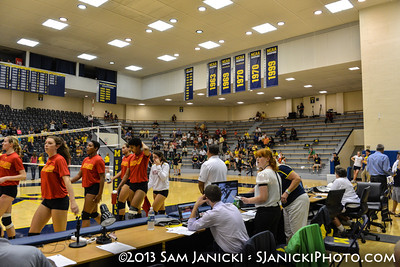 Michigan Volleyball Vs Maryland 9-20-13