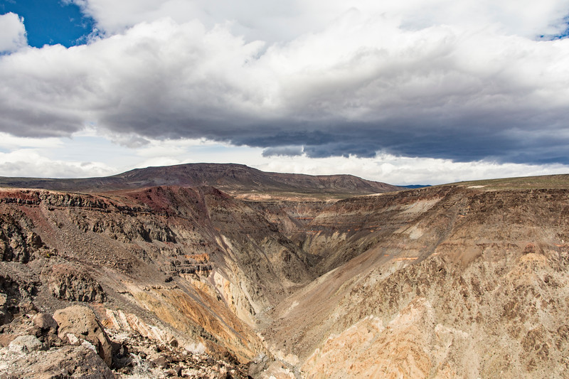 West-exit-canyon-Death-Valley-April2017.jpg