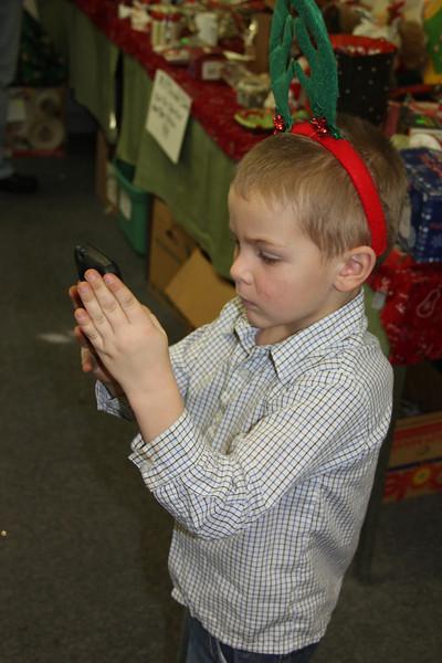 Santa Visits Kids at Access Services 2nd Hand Treasurers LIFE Store, Tamaqua (12-21-2013)