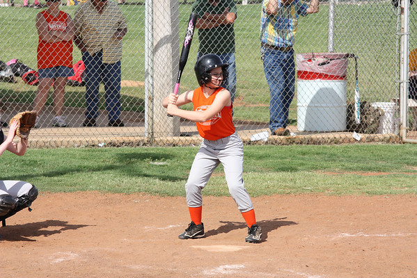 SOFTBALL 12U KGF ORANGE JUNE 8 2013