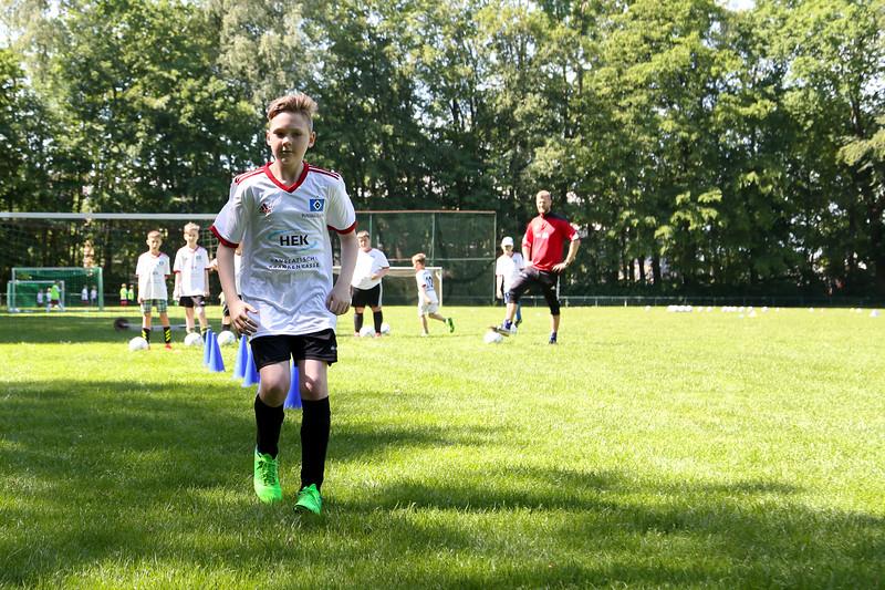 hsv_fussballschule-288_48047994493_o.jpg