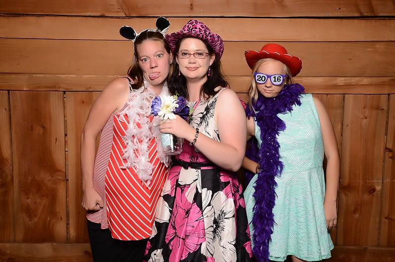20160731_MoPoSo_Wedding_Photobooth_JeffYvonne-64.jpg