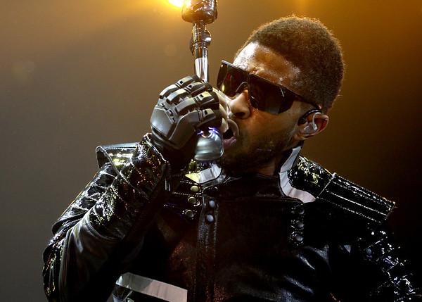 Usher / Trey Songz