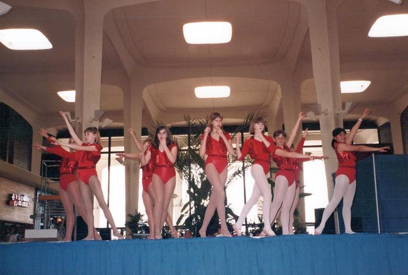 Dance_2251_a.jpg