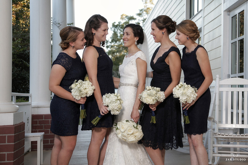 29-bridesmaids-fun-beautiful-lake-mary-wedding-photography-jarstudio.JPG