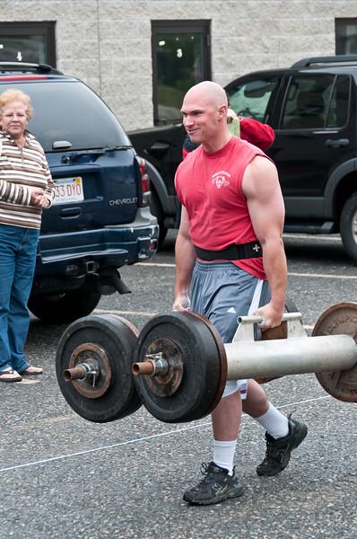 Fitness Revolution Strongman Challenge 2011_ERF3559.jpg