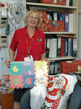 20/12/07 Christmas Toys for Children's Ward