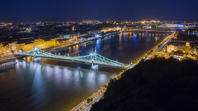 Liberty Bridge from Gellert-hill in the Blue Hour