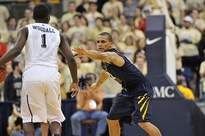 27429 WVU Mens Basketball vs Pitt