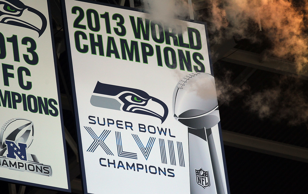 . SEATTLE, WA - SEPTEMBER 04: The Seattle Seahawks Super Bowl Championship banner is unfurled before the game between the Green Bay Packers and the Seattle Seahawks at CenturyLink Field on September 4, 2014 in Seattle, Washington.  (Photo by Jonathan Ferrey/Getty Images)