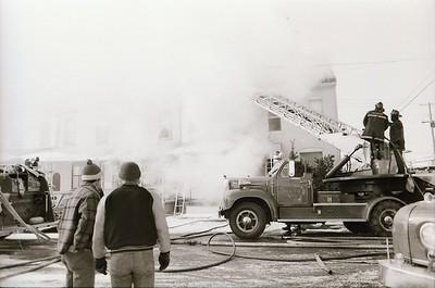 1.29.1977 - 400,402, 404 Hazel Street