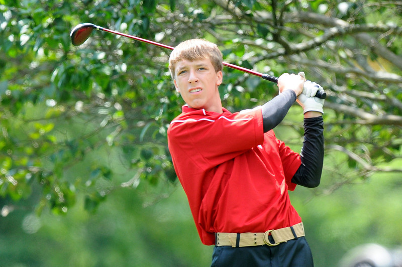 Lutheran-West-Mens-Golf-August-2012---c142255-017.jpg