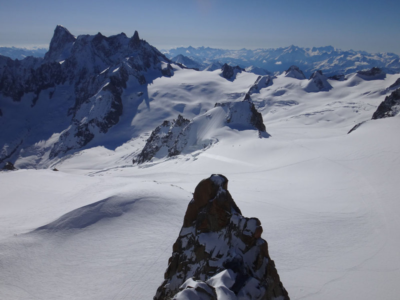 But first, we took a quick trip up to the Auiguille du Midi viewing platform at 3,800 m.