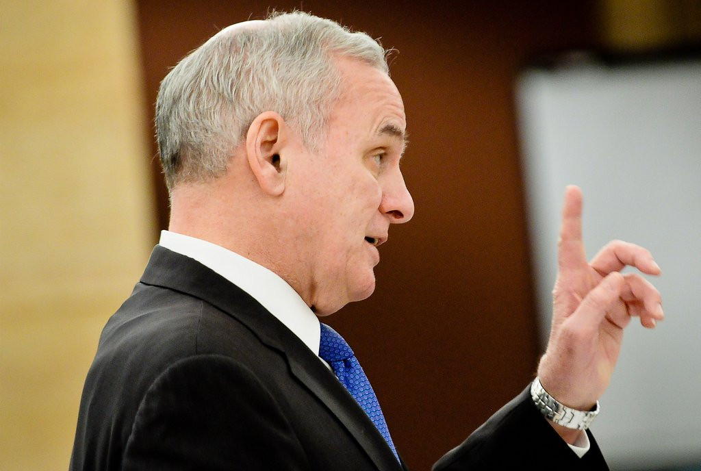 ". <p>10. (tie) MARK DAYTON <p>Delusional governor believes taxpayers only want half of their surplus back. (previous ranking: unranked) <p><b><a href=\'http://www.twincities.com/politics/ci_25287733/gov-dayton-proposes-616-million-tax-cuts\' target=""_blank\""> HUH?</a></b> <p>   (Pioneer Press: Ben Garvin)"